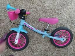 Título do anúncio: Bicicleta de equilíbrio between