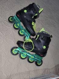 Vendo patins oxer super conservado.