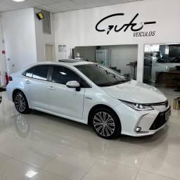 Corolla Altis Hybrid Premium 20/20