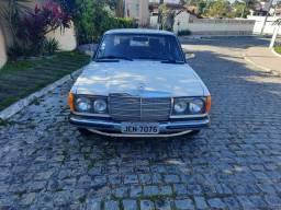 Título do anúncio: Mercedes 240 d 1982 Diesel