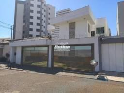 Apartamento para aluguel, 2 quartos, 1 suíte, 1 vaga, Copacabana - Uberlândia/MG