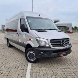 Mercedes-Benz - Sprinter 515 Executive Teto Alto - 2019 (21 Lugares)