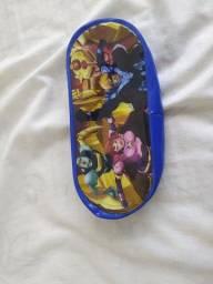 Estojo de plástico do The super heroes