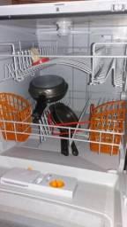 Máquina de Lavar-Louça