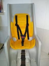 Cadeira para bebê em bicicleta