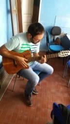 Vendo violão 7 cordas marquês muito som !! 1mil reais 900$ pra vim buscar