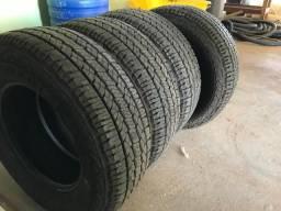 Jogo pneus nexen roadian a/t 275/70r18