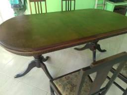 Mesa barato de madeira com 4 cadeiras