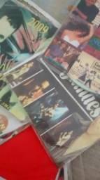 CDS e DVDS 360 unidades todos por 20$