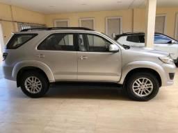 Toyota Hilux SW4 - 2012