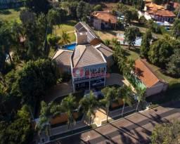 Casa com 5 suítes com closet e piscina no Jardim Imperial em Limeira-SP