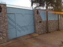 Vendo residência J. Estoril Bauru