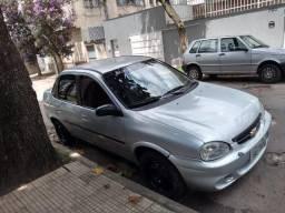 Corsa Sedan GLS 1.6