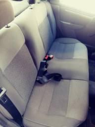 Vendo carro prisma 2012 muito conservado. otimas condições - 2012