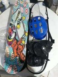 Kit skate (capacete, joelheira, ombreira) valor negociável