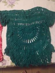 Blusinhas de crochê de grampo feito a mão
