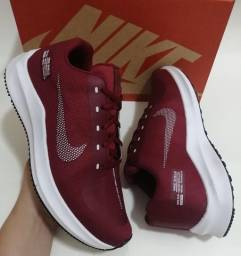 Tênis Nike Zoom Sheld