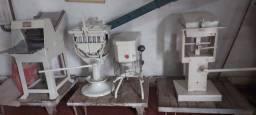 Título do anúncio: Maquinas de fazer massa de pão - etc