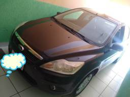 Lindo Ford Focus sedan