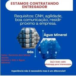 Título do anúncio: Vaga de emprego para entregador de gás e água mineral