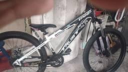 Título do anúncio: Trust strong vendo por 1000 ou faço troca em outra bike gios ou hupi
