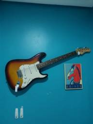 Título do anúncio: Guitarra phoenix stratocaster + palheta