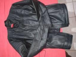 Título do anúncio: Jaqueta em couro forrado.novo