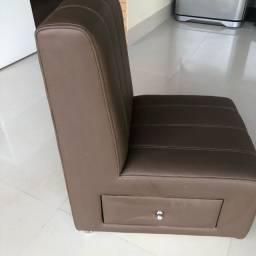 Cadeiras giratórias manicure