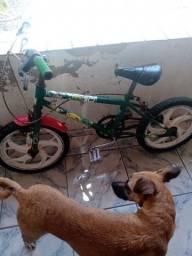 Título do anúncio: Bike de criança cuida pra vim pegar