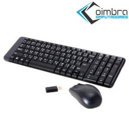 Teclado e Mouse Logitech MK220 Sem Fio Compacto Preto ABNT2 - Loja Coimbra