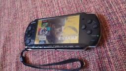 PSP 3001 - semi novo em perfeito estado