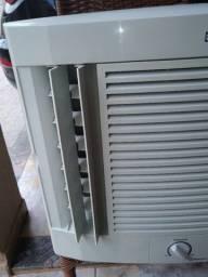 Título do anúncio: Ar Condicionado Eletrolux