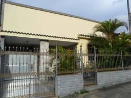 Casa de 04 Quartos na Rua São Dâmaso - Campo Grande