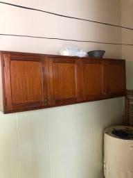 Título do anúncio: Armário suspenso de madeira