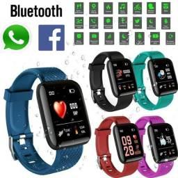 relógio inteligente com whatsapp e facebook