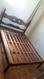 Vendo cama de casal madeira maciça   sucupira !
