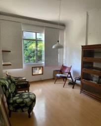 Apartamento de 2 quartos em localização nobre e tranquila!