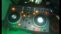 Vendo controladora Numark mix track
