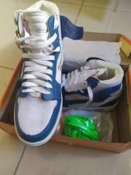 Tenis Nike Air Jordan azul/branco