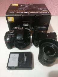 Nikon D3300 + Grip + Lente