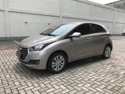 Hyundai Hb20 Comfort - Impecável / Acabamento em couro - 2017