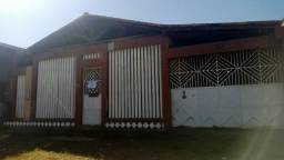 Alugo casa no zerão