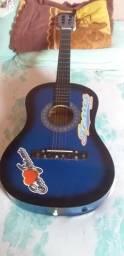 Vendo esse violão em bom ótimo estado faltando apenas uma corda 100$