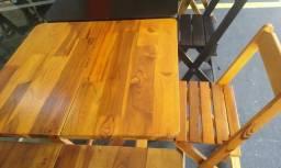 Jogo de mesa de madeira 70x70 com 4 cadeiras Maplan