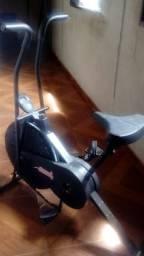 Bicicleta Ergométrica funcionando