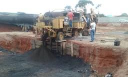 Maquinas para asfalto,uma usina de pmf com um carreta tanque de 35 mil litros