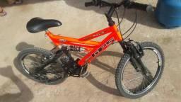 Vendo essa linda bicicleta faço entrega contato 984112812