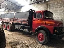 Mercedes Benz 1113 truck