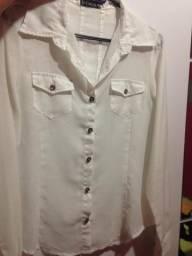 Vende-se 2 blusas sociais por R$10,00