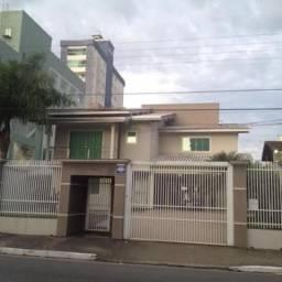 Excelente Casa à venda localizada no bairro Vila Operária